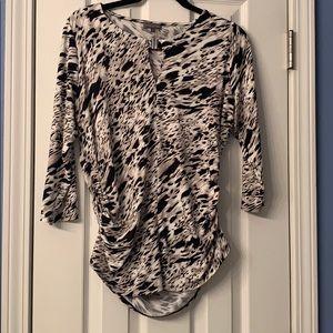 3/4 sleeve Vince Camuto shirt